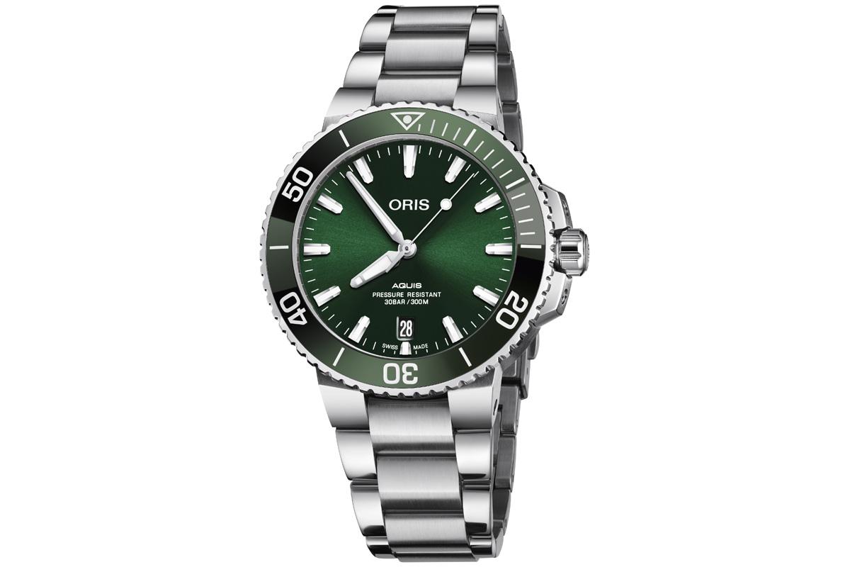 ORIS Aquis Date Green