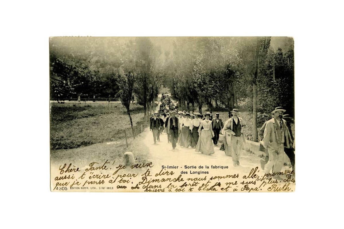 """""""On this day"""", 1° agosto 1905, l'uscita degli impiegati dalla fabbrica"""