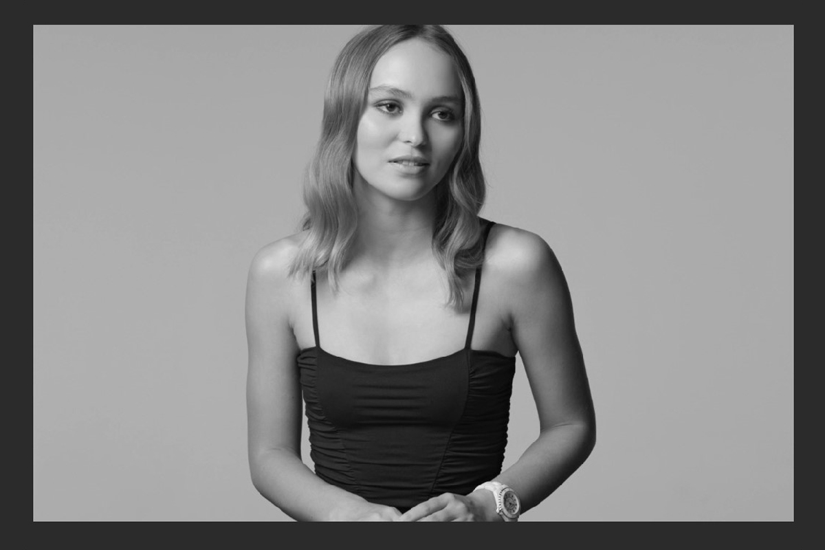 Lily-Rose Depp nella campagna #J12Turns20