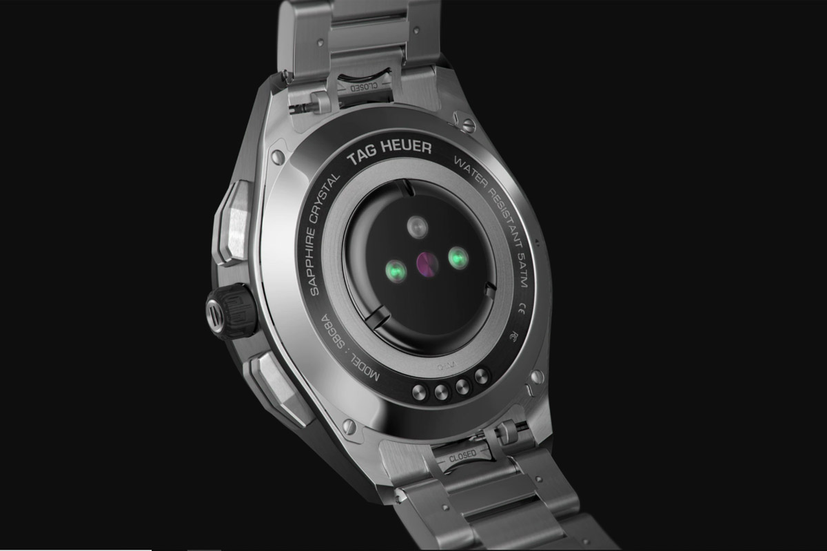 Il fondello del TAG Heuer Connected Watch