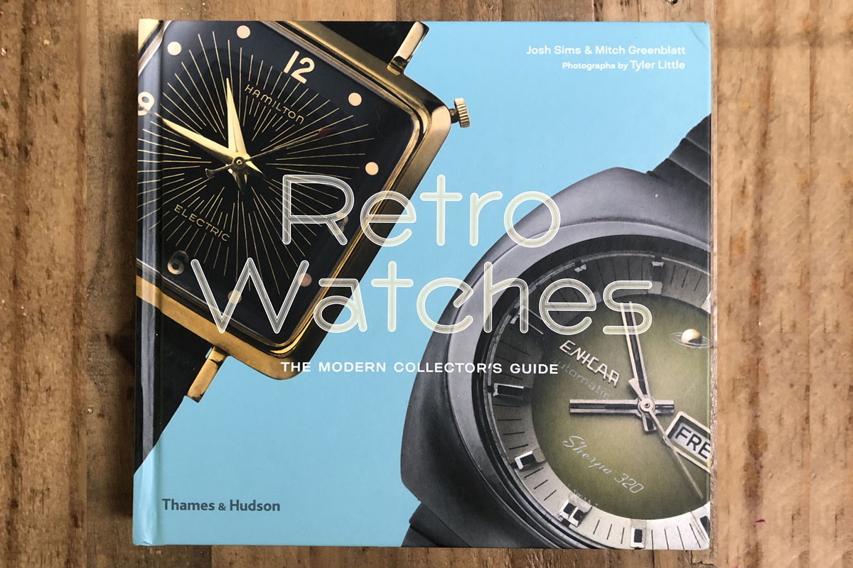 """La copertina del libro """"Retro Watches"""""""