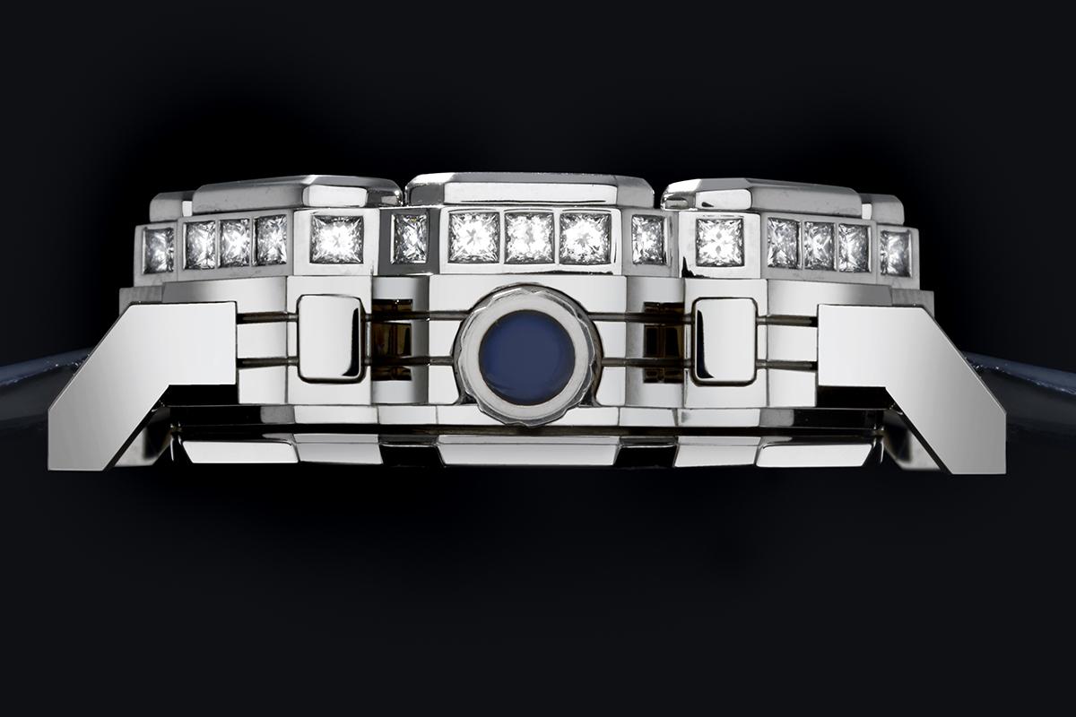Il profilo del cronografo Octagon