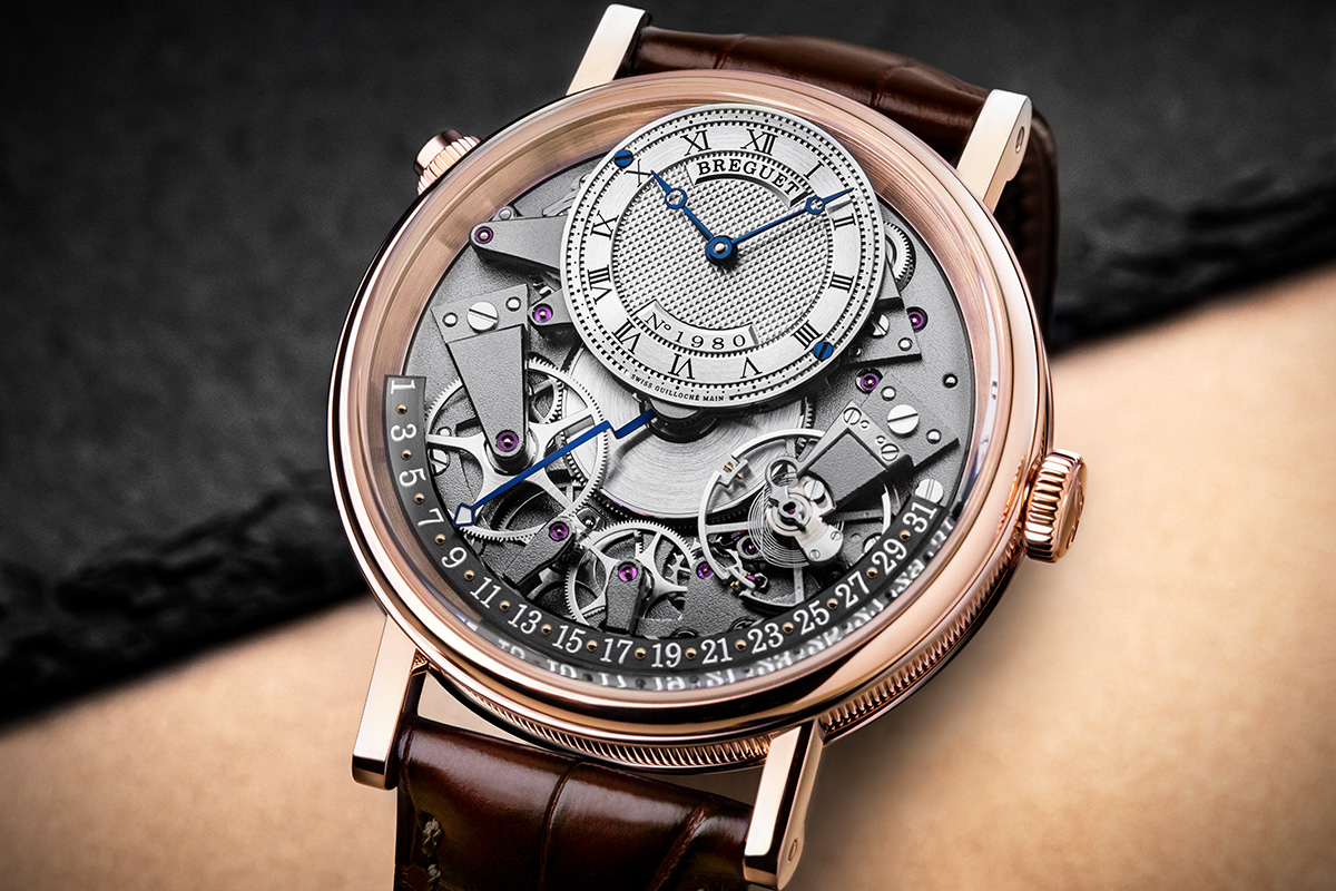 Il Breguet Tradition 7597 con cassa in oro rosa