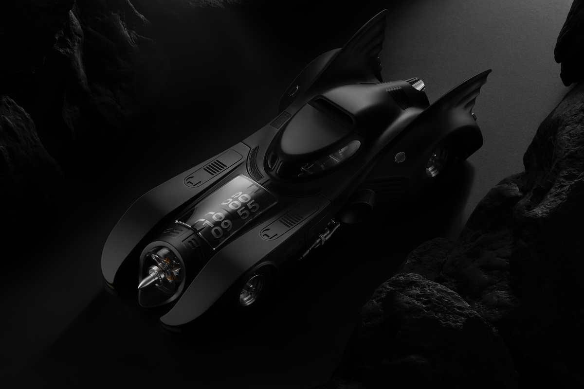 Objets de Vertu 2020: 1989 Batmobile x Kross Studio