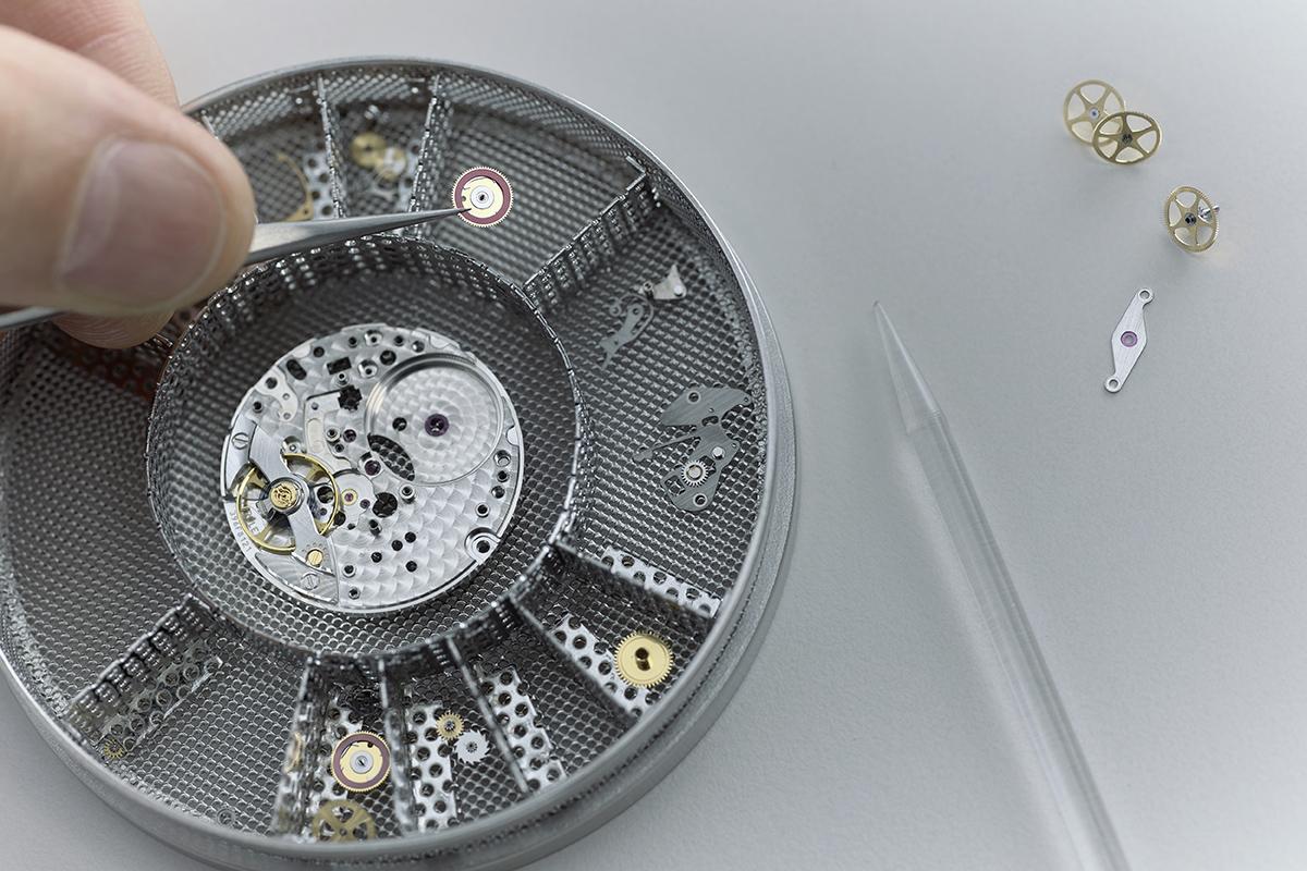 assistenza Rolex: il lavaggio del movimento