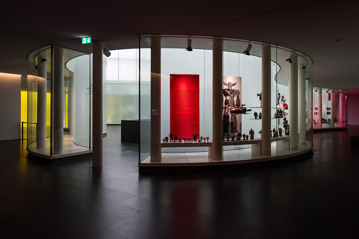 "Un interno della mostra ""Robot - The Human Project"""