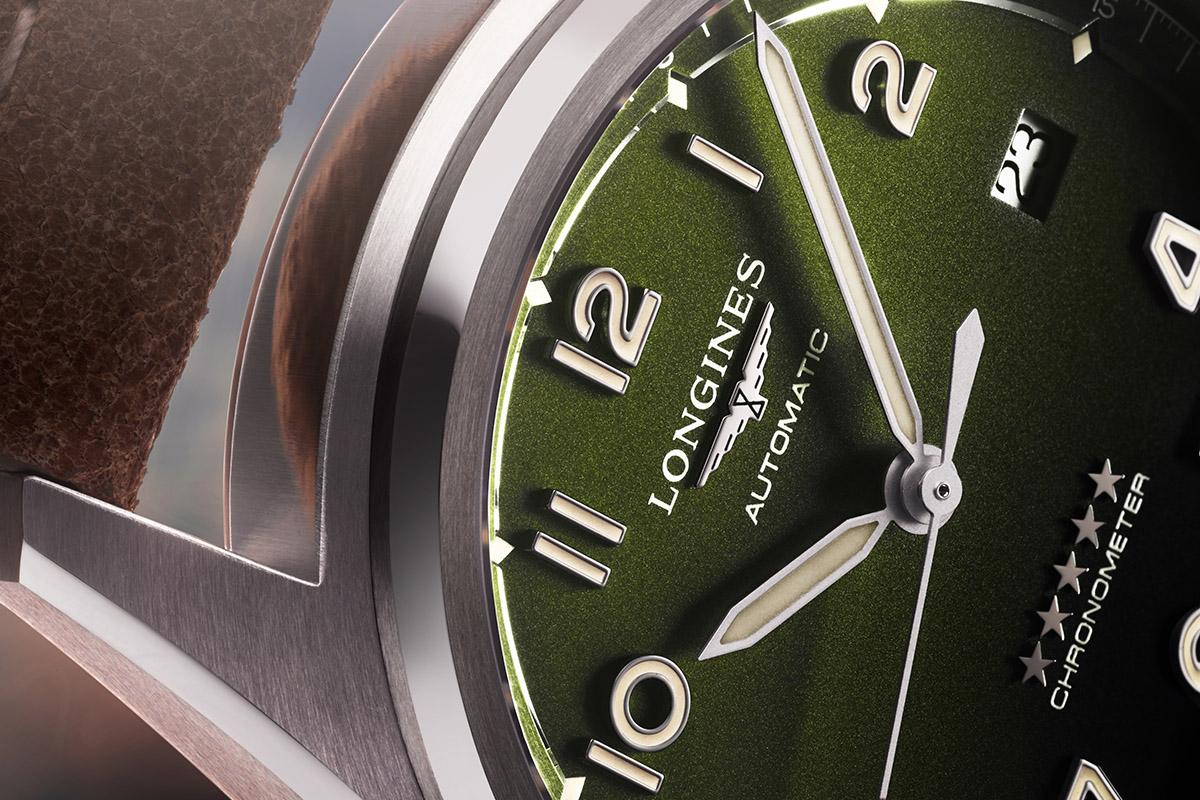 Close-up sul quadrante del Longines Spirit verde